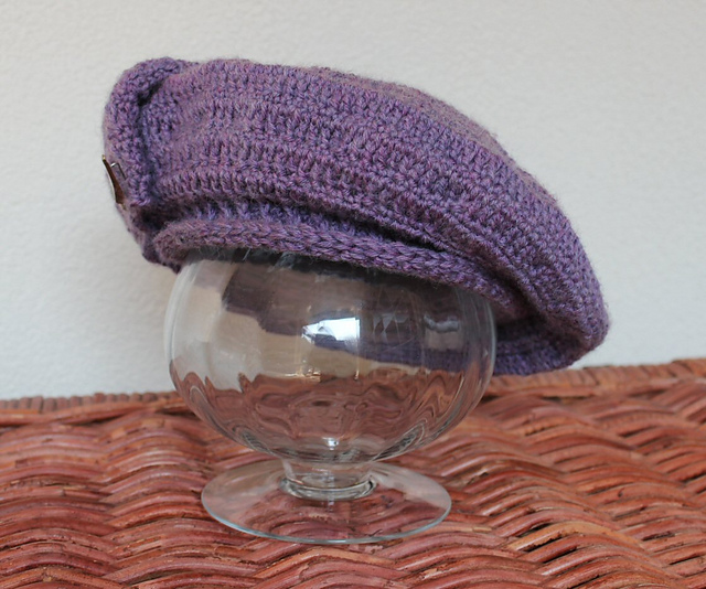 http://www.ravelry.com/projects/misshendrie/crocheted-tam-oshanter