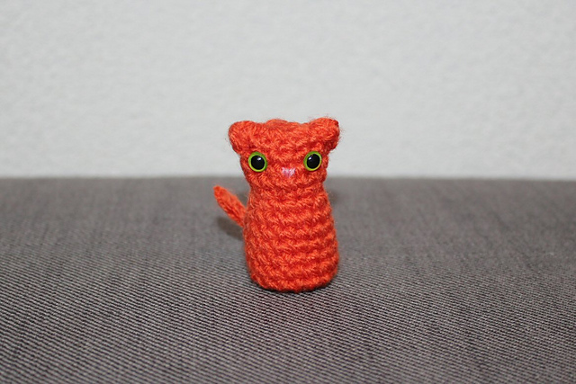 http://www.ravelry.com/projects/misshendrie/witchs-cat-amigurumi-2