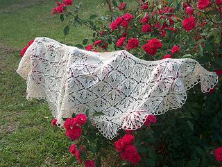 Mary_s_wedding_shawl_004_medium2_small2