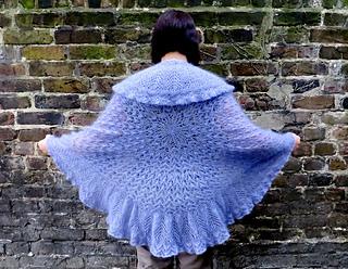 Circular_shawl_small2