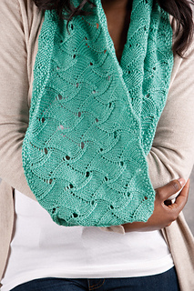 Knit_picks_photo_1_small2