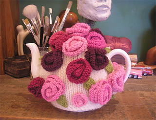 Resized_roses_tea_cosy_small2