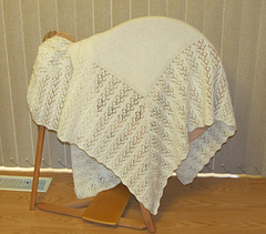Hush-a-bye_baby_shawl_aug_2012_004_small