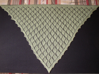 Leaf_shawl_2_april_2010_small2