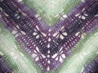 Butterfly-stitch_shawl_b_small2