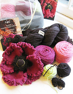 Kit_poppy_cowl_sized_small2