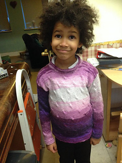 Maisy_in_her_seadrift_sweater_small2