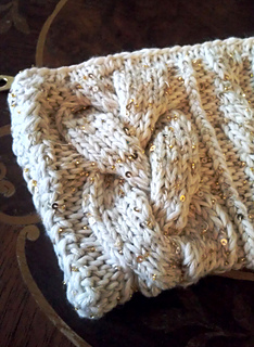 Cabled_clutch_4_small2