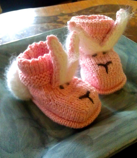 Pink_bunny_booties_small2