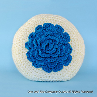 Big_flower_pillow_01_small2