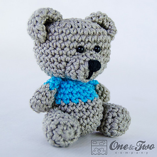 Free Teddy Bear Cowl Crochet Pattern : Ravelry: Sam, the Little Teddy Bear pattern by Carolina Guzman