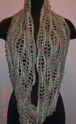 Infinity_scarf_medium