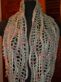 Infinity_scarf_and_bobble_purse_002_small2