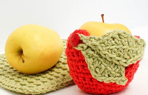 Crochet_apple_cozy__1_of_2__medium
