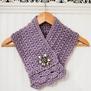 Crochet_scarflette_pattern__2_of_5__small2
