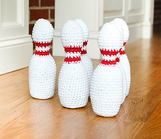 Crochet_bowling_set_pattern__1_of_5__small2