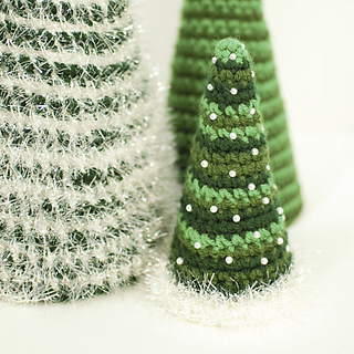Cone_crochet_christmas_trees-5_small2