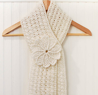 Keyhole_scarf__1_of_1__small2