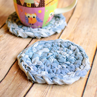 Fabric_yarn_coasters__1_of_2__small2