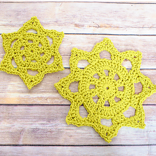 Green_cotton_doily__3_of_3__small2