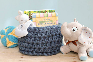Chunky_crochet_basket_pattern__1_of_2__small2