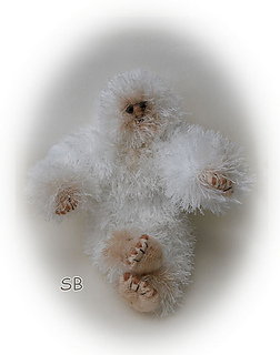 Yeti_sitting_medium2_small2