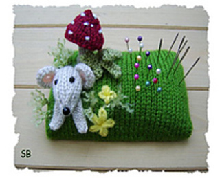 Pin_cushion_small2