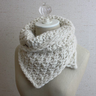 Snow_neckwarmer_5_small2