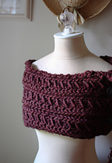 Burgundy_cowl_5_small2