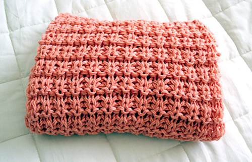 Knitted_scarf_medium