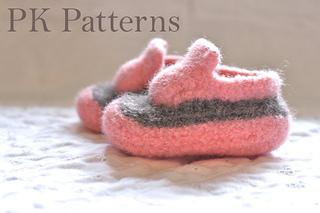 Baby_kicks_3_small2