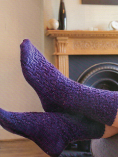 Blackberry-vine-socks_small2