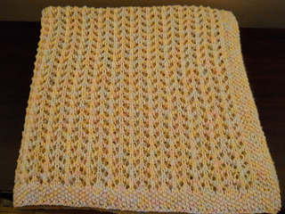 Baby_blanket_062013_folded_small2