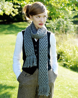 Lacey_scarf_crochet_kit_alpaca_yarn_small2