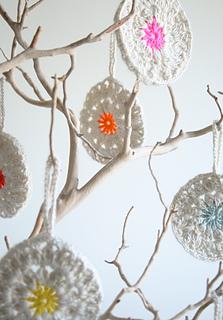 Crocheted_xmas_2012-600-1_small2