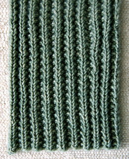 Mens-scarf-detail_small2