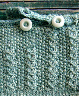 Fiddlehead-sweater-detail-4_small2