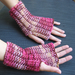 Malabrigo_mitts_small2