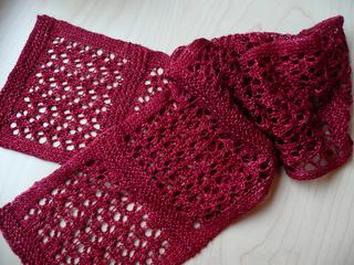 Garnet_scarf_003_small2