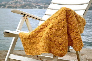 Tunisian_shell_blanket_small2