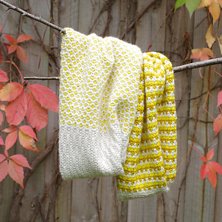 Stitch_block_cowl_2_small2