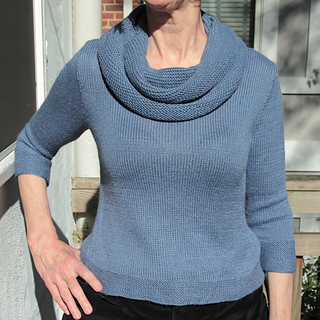 Blue_cowl_front_2_small2