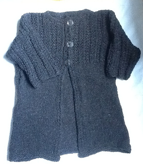 Amy_sweater_2012_small2