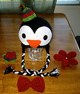 Penguin_accessories_small2