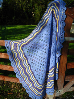 Blankie_hap_outside_20100929_0051_small2