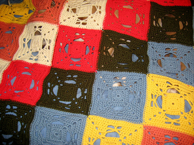 how to join 2 knitted squares together