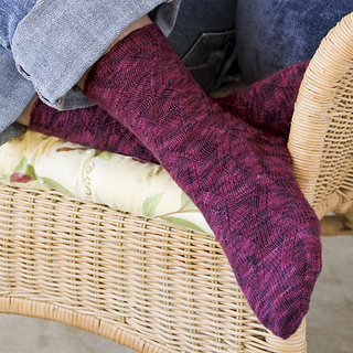 Zigzag_socks_final_small2
