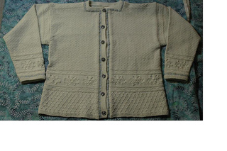 Moms_sweater_smaller_small2