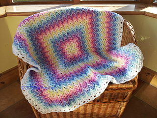 Bargello_blanket_ta-dah___4__small2