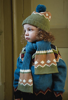 Figgy_dowdy_hat_and_scarf_small2